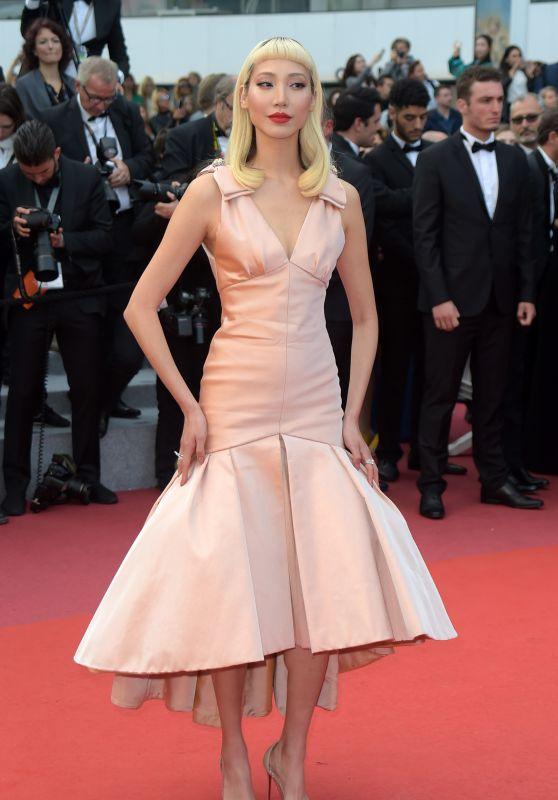 """Park Soo-Joo – """"Sink or Swim"""" Red Carpet in Cannes"""