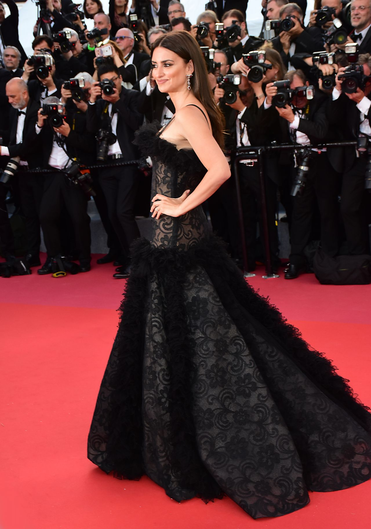 Penelope Cruz Everybody Knows Premiere And Cannes Film
