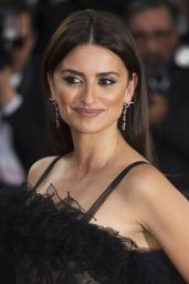 """Penelope Cruz – """"Everybody Knows"""" Premiere and Cannes Film Festival 2018 Opening Ceremony"""