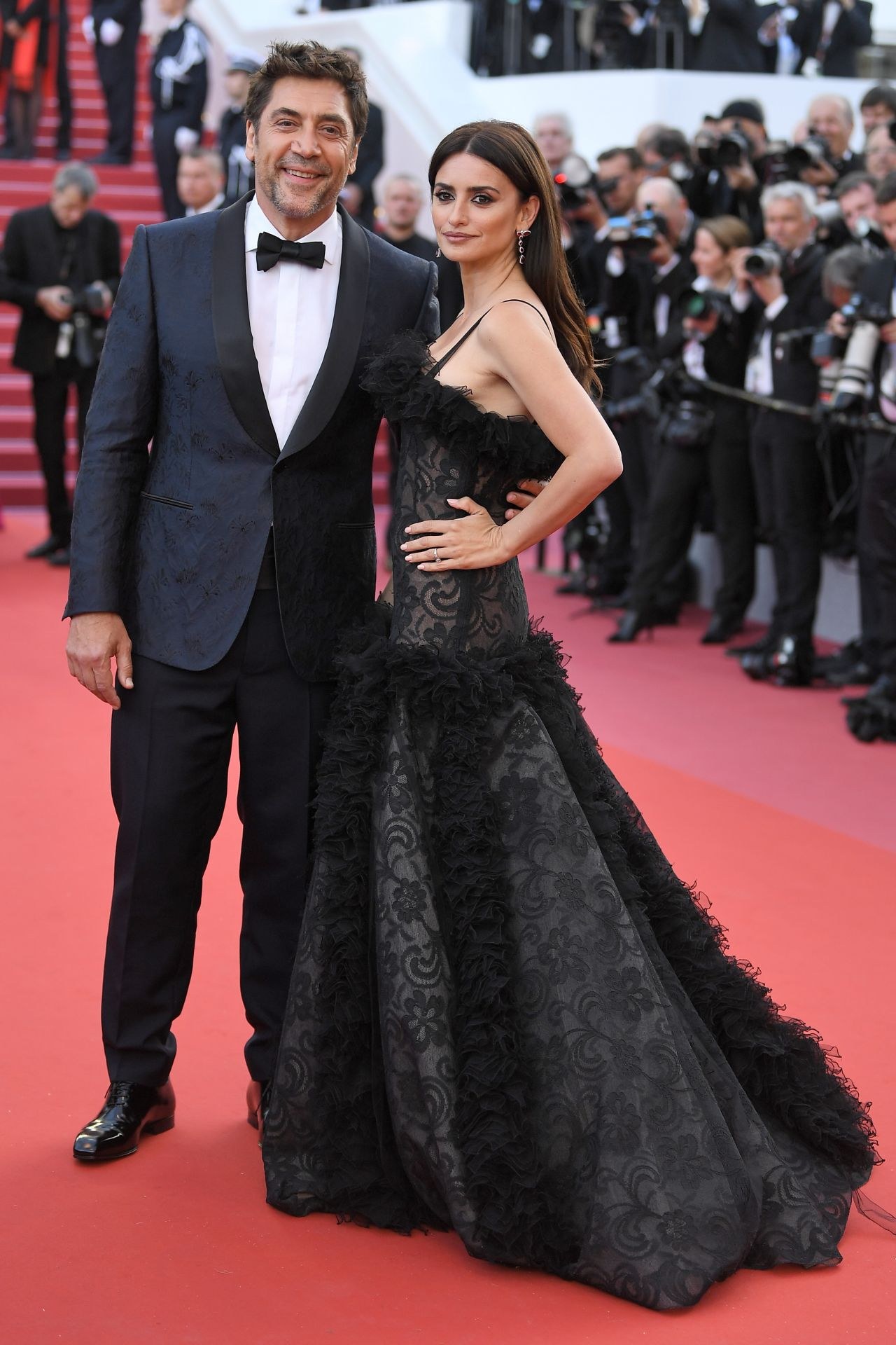 http://celebmafia.com/wp-content/uploads/2018/05/penelope-cruz-everybody-knows-premiere-and-cannes-film-festival-2018-opening-ceremony-8.jpg
