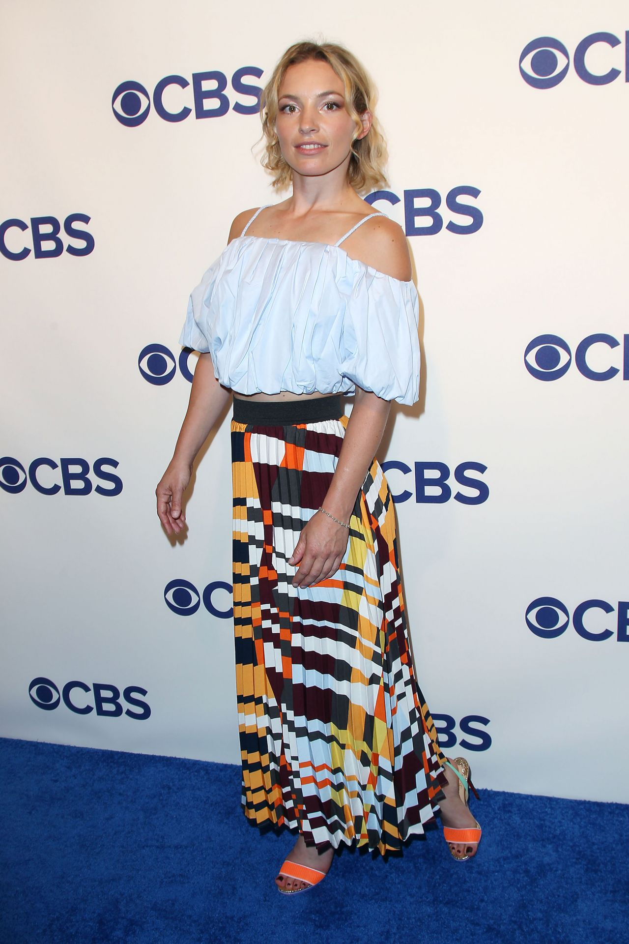 Perdita Weeks Cbs Upfront Presentation In New York 05162018