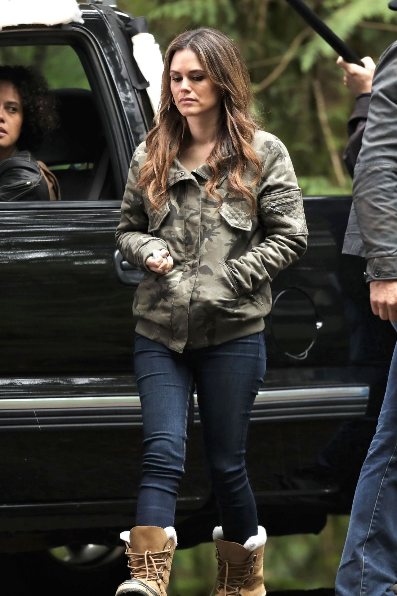 Rachel Bilson Tv Series Quot Take Two Quot Set In Vancouver 04