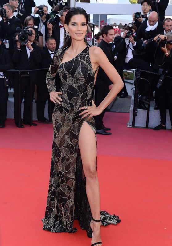 "Raica Oliveira – ""Girls of the Sun"" Premiere at Cannes Film Festival"