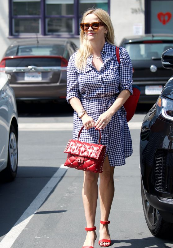 Reese Witherspoon in Office Chic Outfit  - LA 05/09/2018