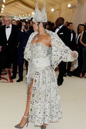 Rihanna – MET Gala 2018