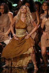 """Rita Ora - Performing """"Girls"""" on Britain"""