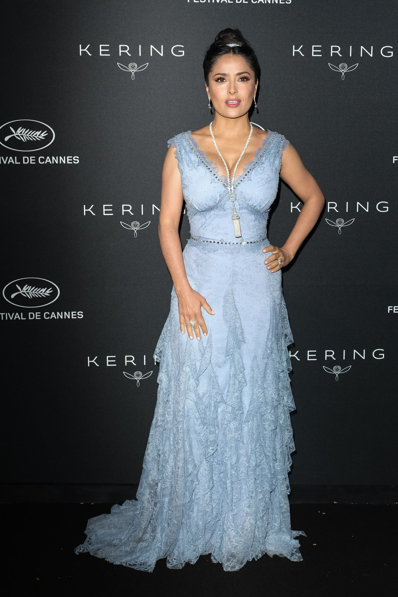 http://celebmafia.com/wp-content/uploads/2018/05/salma-hayek-kering-women-in-motion-awards-dinner-at-cannes-film-festival-2018-1.jpg