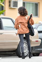 Sarah Hyland - Out Los Angeles 05/30/2018