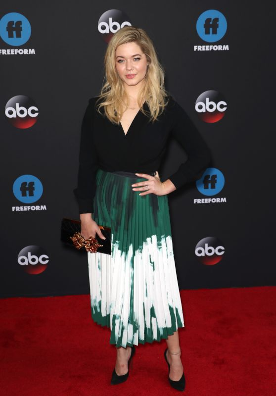 Sasha Pieterse – 2018 Disney ABC Upfront Presentation in New York