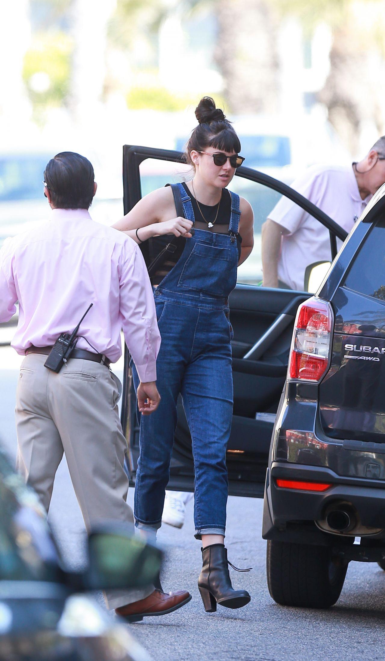 Shailene Woodley - Shopping With Her Boyfriend Ben ...