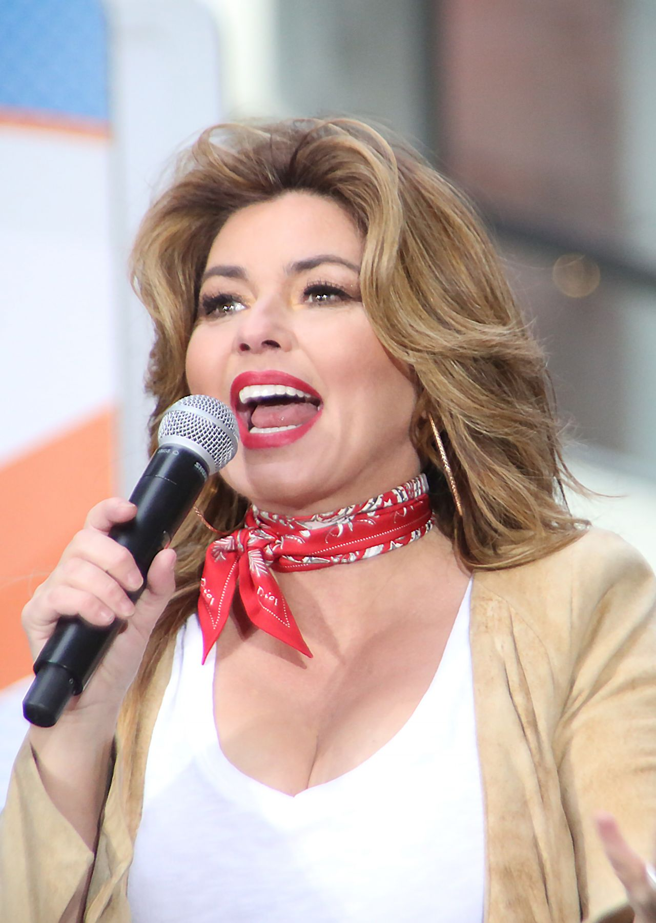 Shania Twain   Performs on NBC's Today Show Concert Series ...