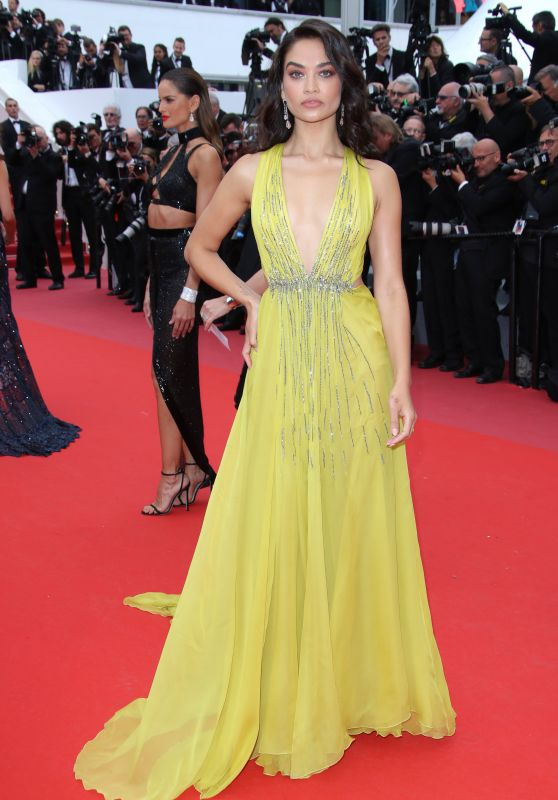 """Shanina Shaik – """"Solo: A Star Wars Story"""" Red Carpet in Cannes"""
