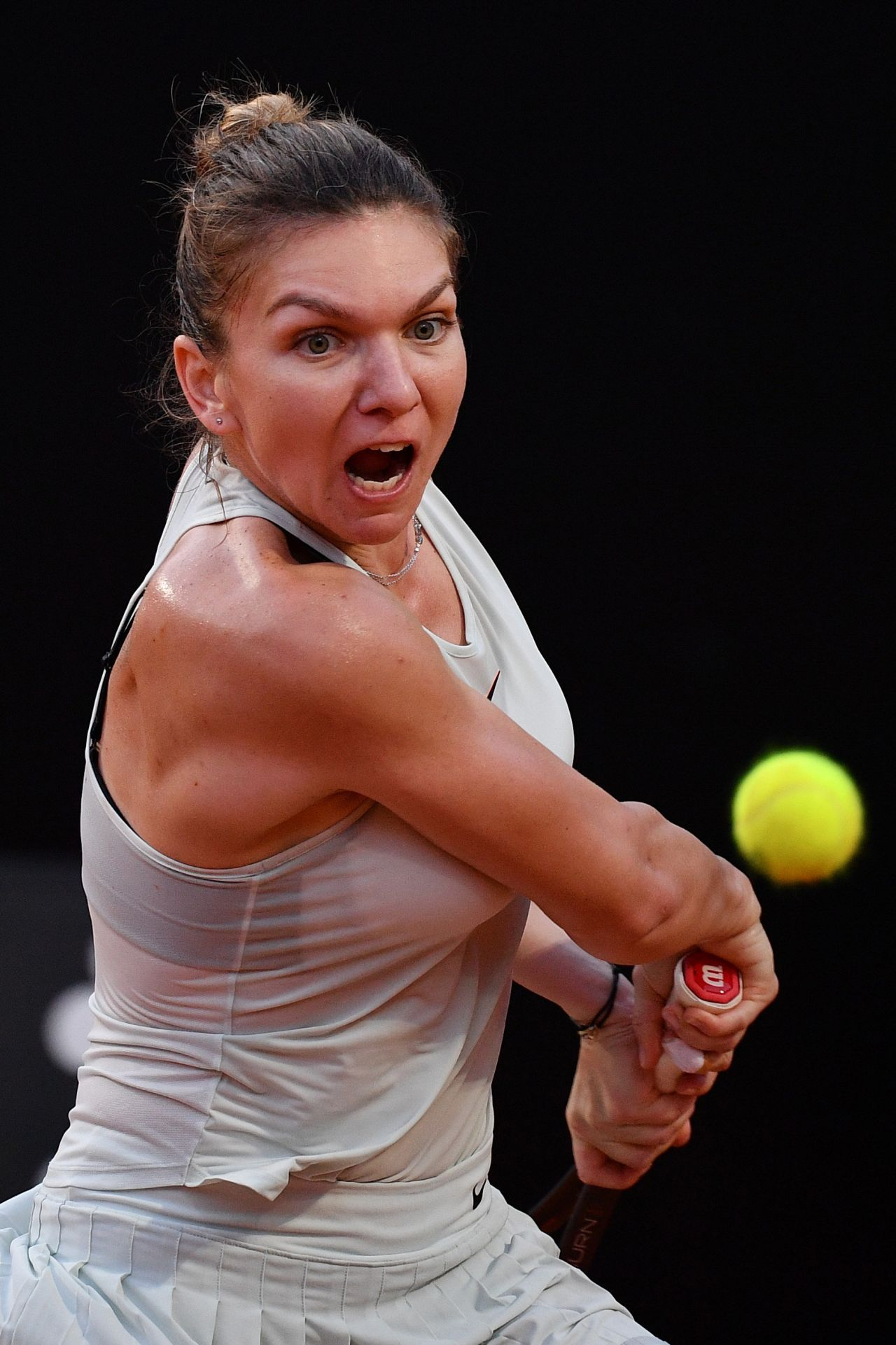 Simona Halep - 2018 Australian Open in Melbourne - Day 6