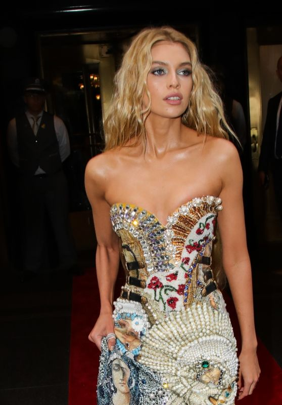 Stella Maxwell - Leaving the Carlyle Hotel to Attend MET Gala 2018