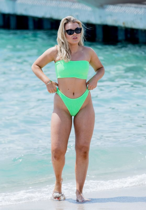 Tallia Storm at the Beach and Croisette in Cannes 05/09/2018
