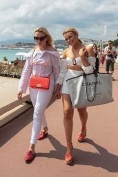 Tallia Storm - Outside the Hotel Martinez in Cannes 05/09/2018