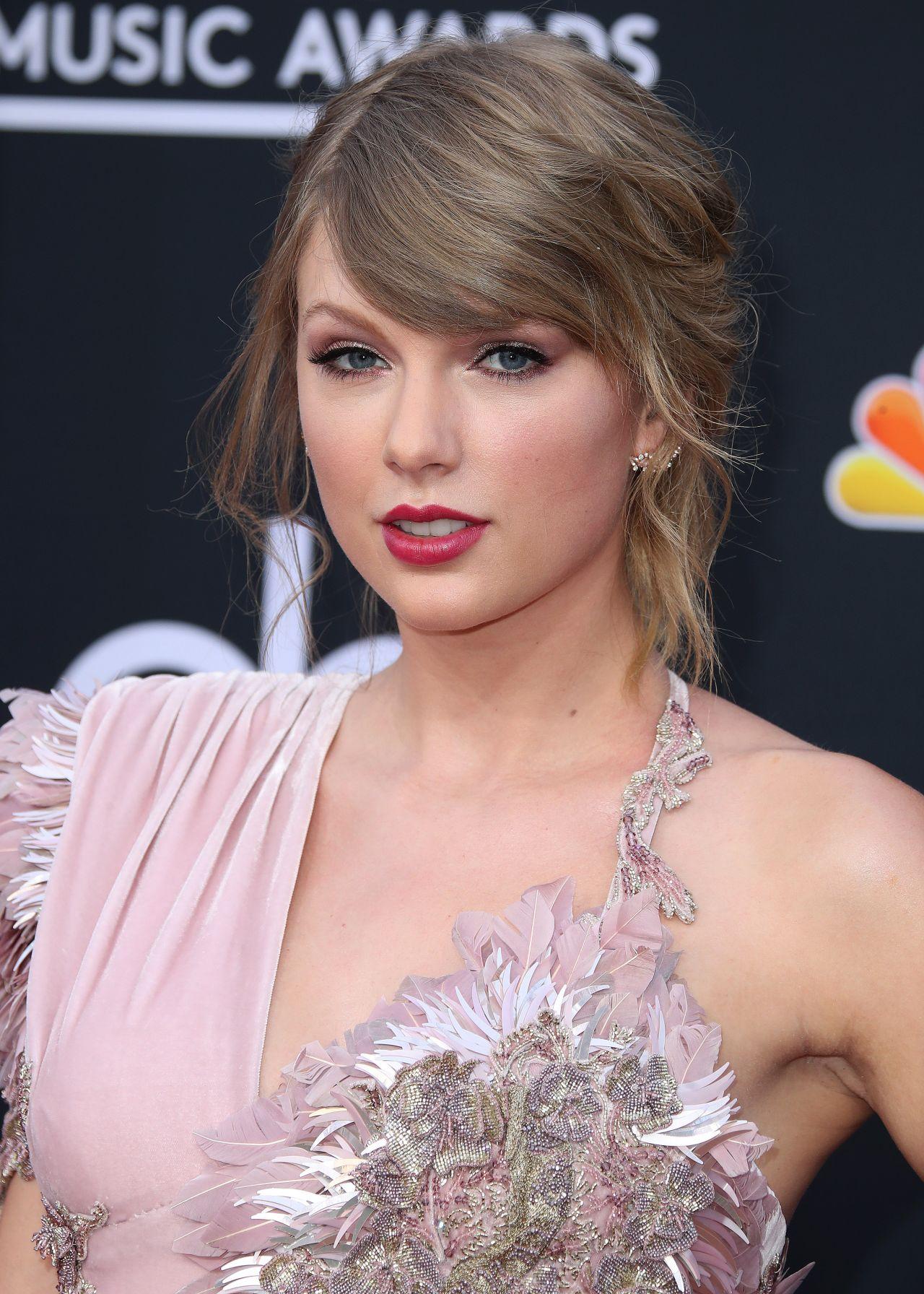 Taylor Swift – 2018 Billboard Music Awards in Las Vegas Taylor Swift