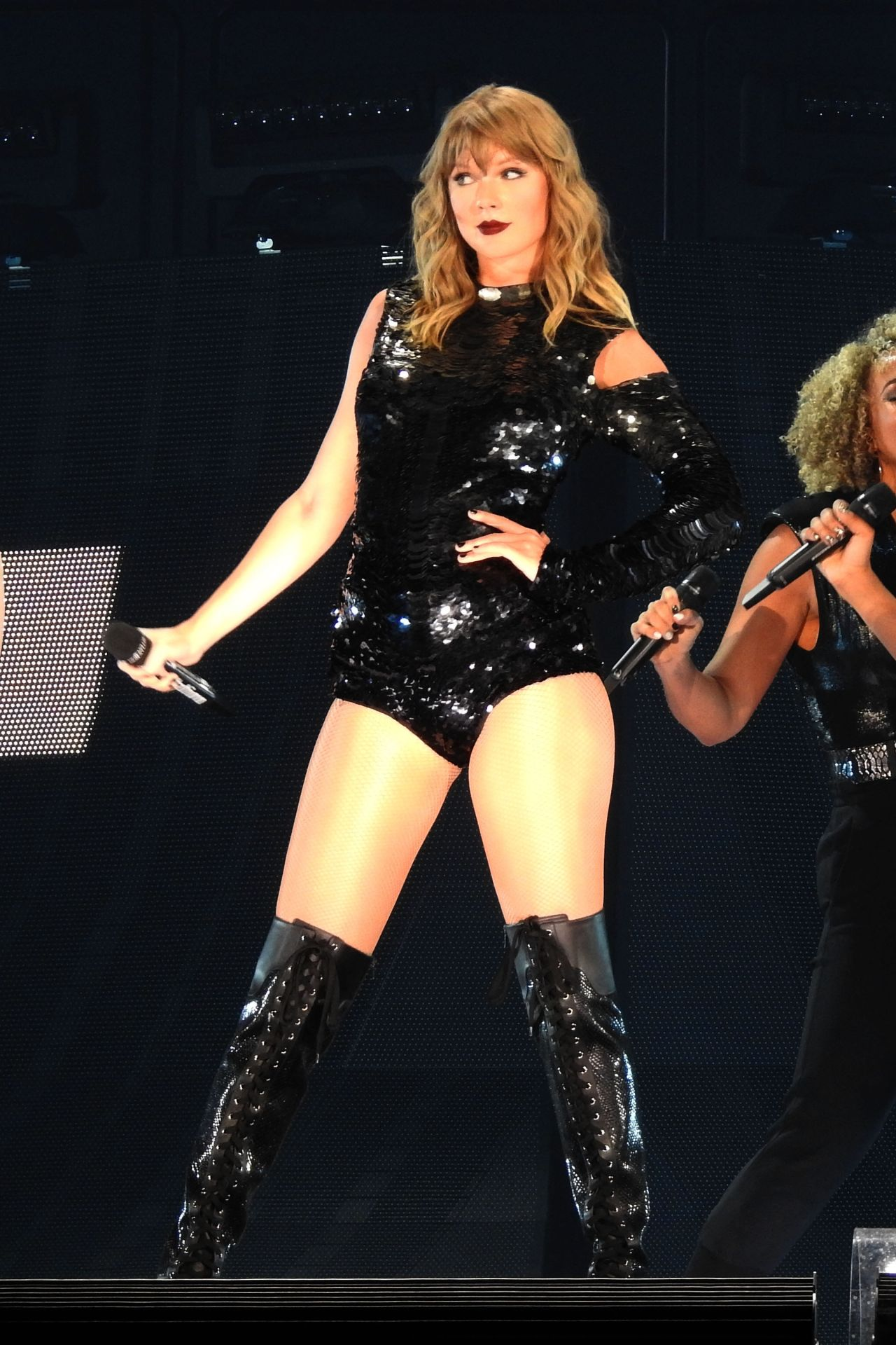 "Taylor Swift - Launches Her ""Reputation"" Tour in Glendale ... - photo#34"
