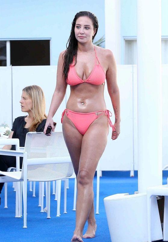 Tulisa Contostavlos in Bikini at the Standard Hotel in Los Angeles 05/24/2018