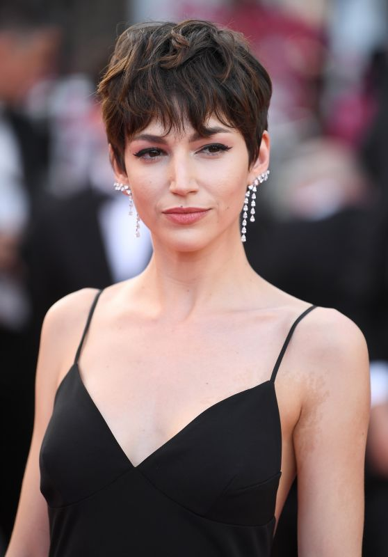"""Ursula Corbero – """"Everybody Knows"""" Premiere and Cannes Film Festival 2018 Opening Ceremony"""