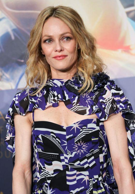 """Vanessa Paradis - """"Knife + Heart"""" (Un Couteau Dans Le Coeur) Press Conference in Cannes"""