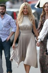 Victoria Silvstedt - Heading to the Roxy Hotel in NYC 05/02/2018