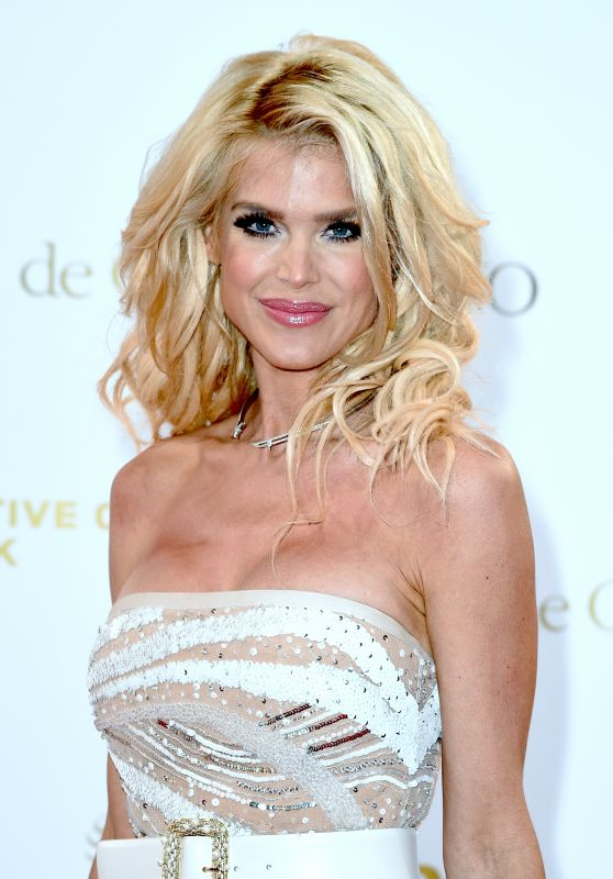Victoria Silvstedt – Semaine du Cinema Positive by Positive Planet Diner in Cannes