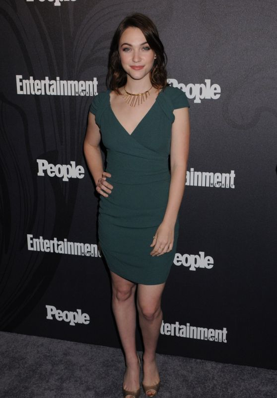 Violett Beane – 2018 EW and People Upfronts Party in New York