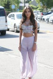 """Yazmin Oukhellou – """"The Only Way Is Essex"""" Filming an Arabian Nights Theme in Brentwood"""
