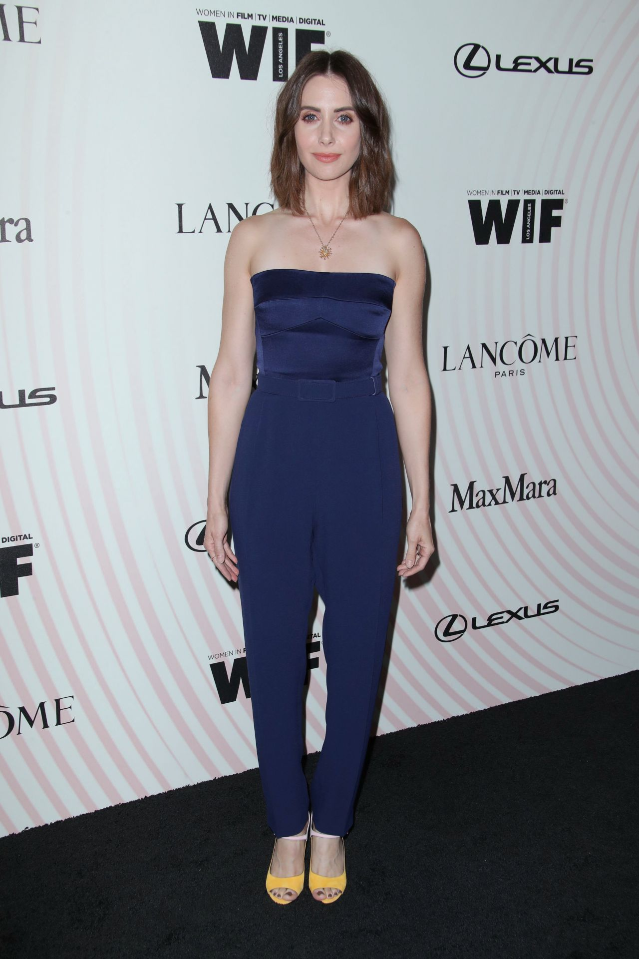 https://celebmafia.com/wp-content/uploads/2018/06/alison-brie-2018-women-in-film-crystal-and-lucy-awards-in-la-1.jpg
