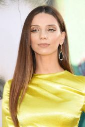 "Angela Sarafyan – ""Sharp Objects"" Premiere in Los Angeles"