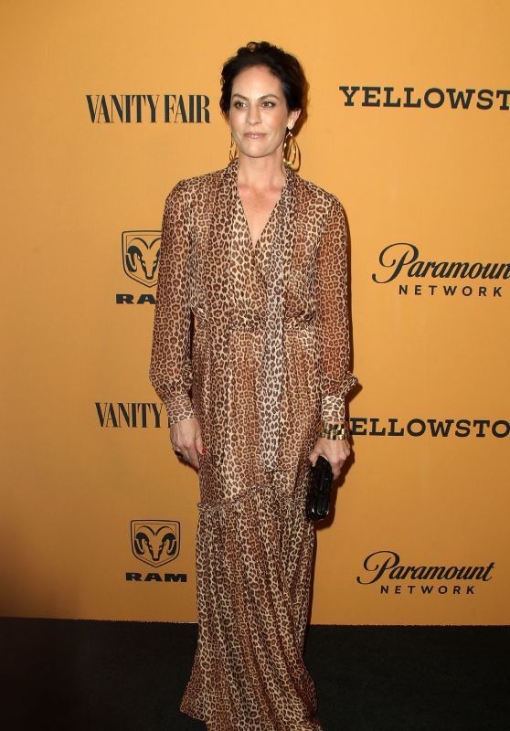 "Annabeth Gish – ""Yellowstone"" TV Show Premiere in Hollywood"
