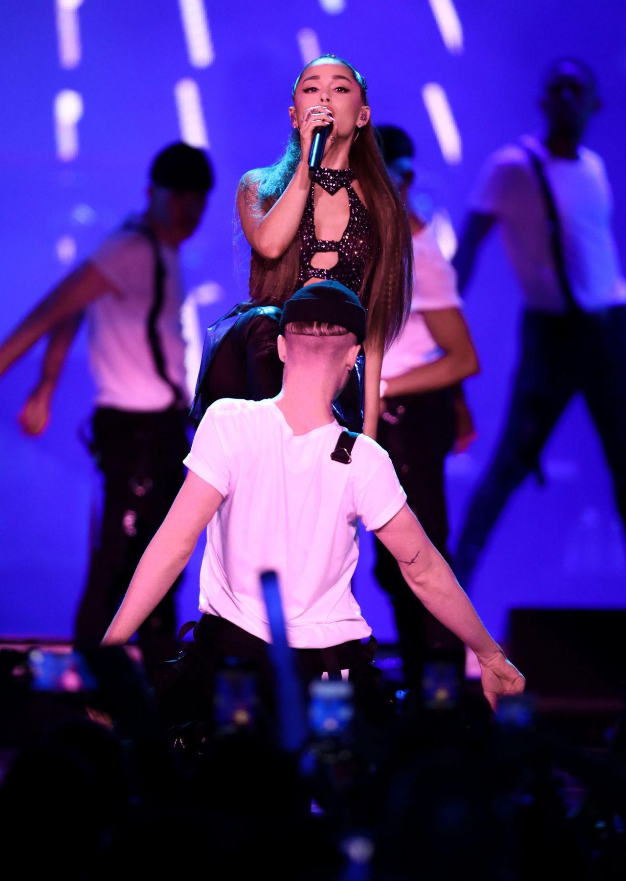 Ariana grande wango tango 2018 - 2 9