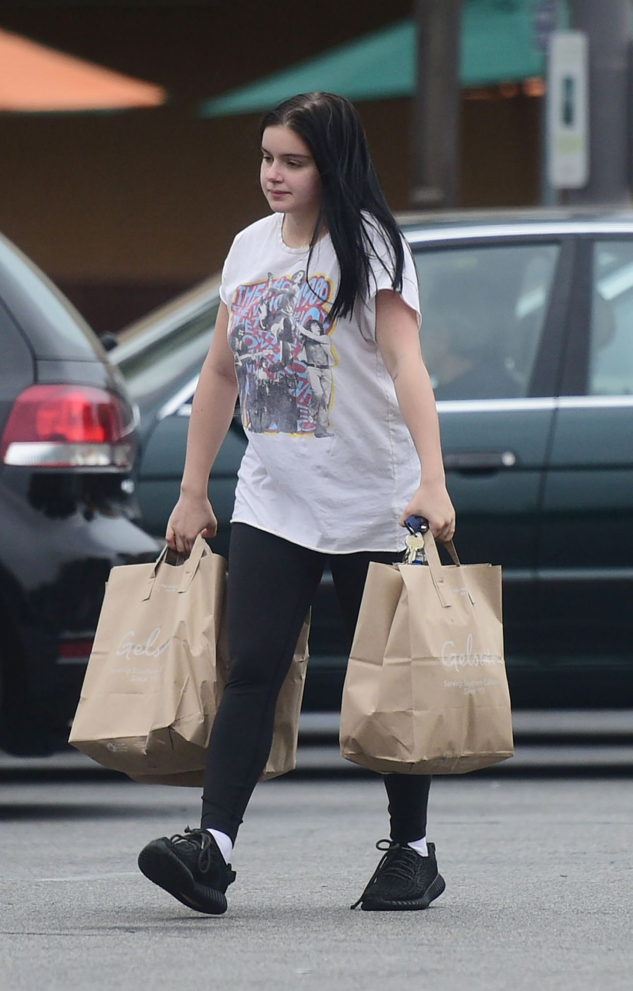 Ariel Winter Grocery Shopping In La 06 17 2018