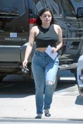 Ariel Winter in Jeans - Out in Los Angeles 06/26/2018