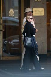 Ashley Olsen - Strolling uptown in NYC 06/20/2018