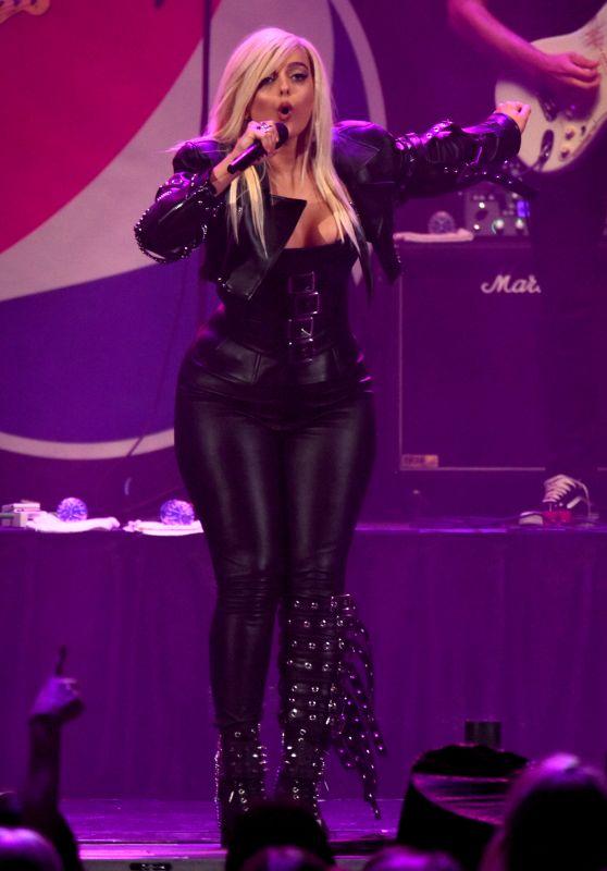 Bebe Rexha - Chicago Radio B96 Pepsi Summer Bash 2018 Concert in Rosemont