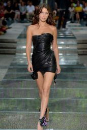 Bella Hadid - Versace Show S/S 2019 at Milan Fashion Week 06/16/2018