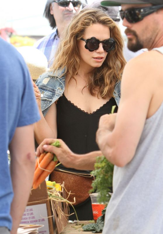 Bethany Joy Lenz at the Farmers Market in Studio City 06/10/2018