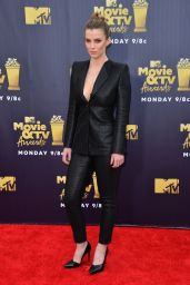 Betty Gilpin – 2018 MTV Movie And TV Awards in Santa Monica