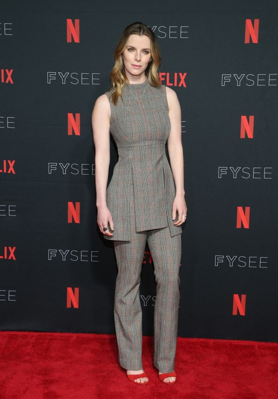 "Betty Gilpin - ""Glow"" Netflix FYSee Event in Los Angeles 05/30/2018"