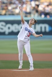 Billie Lourd - Throws Out the 1st Pitch at Dodger Stadium in LA 06/15/2018