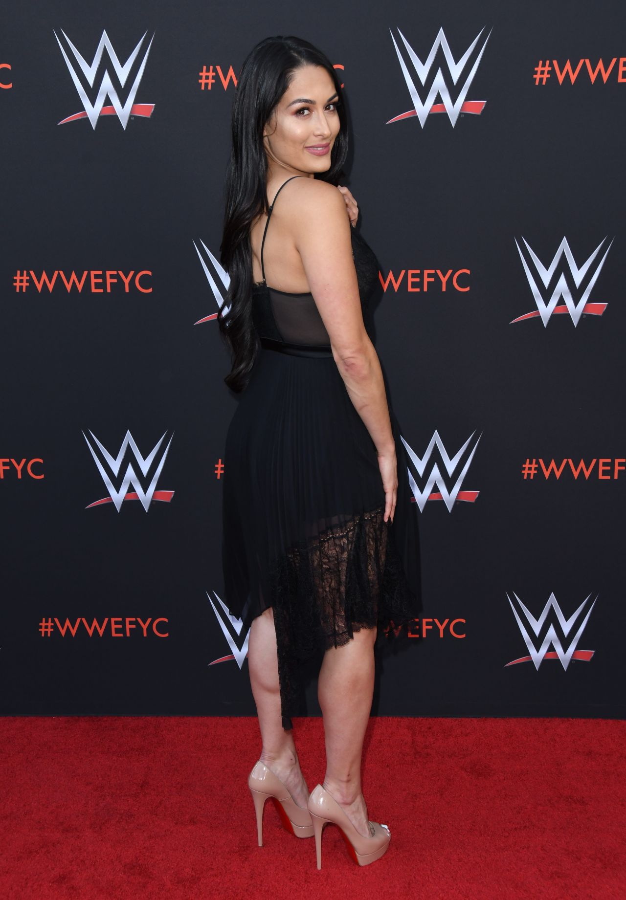 Brie Bella Wwe S First Ever Emmy Fyc Event In North