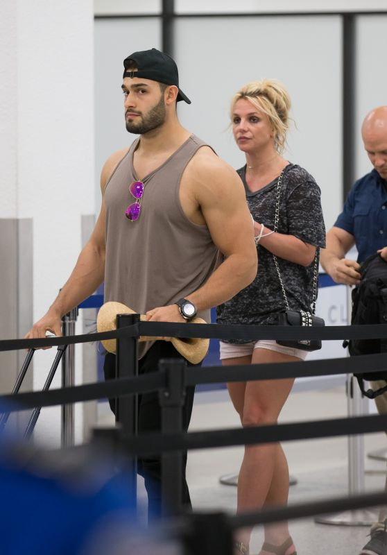 Britney Spears and Boyfriend Sam Asghari - Airport in Miami 06/10/2018