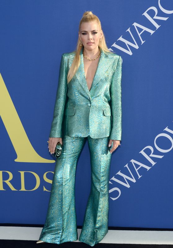 Busy Philipps – 2018 CFDA Fashion Awards in NYC