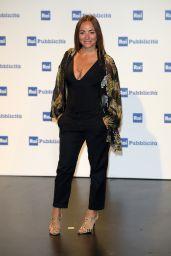 Camila Raznovich – Presentation Palinsesti Rai in Milan 06/27/2018