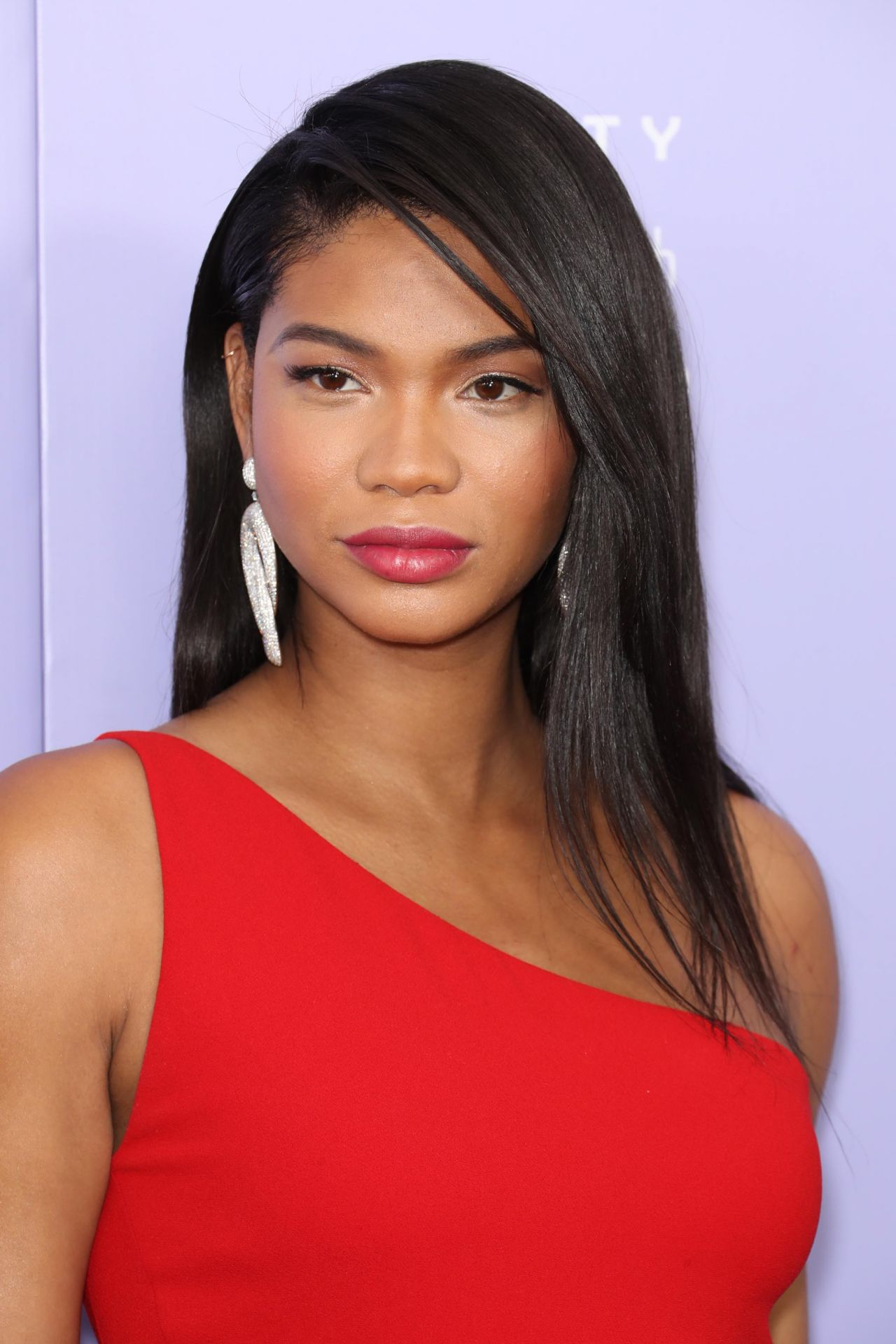 Chanel Iman 2018 Fragrance Foundation Awards In Nyc