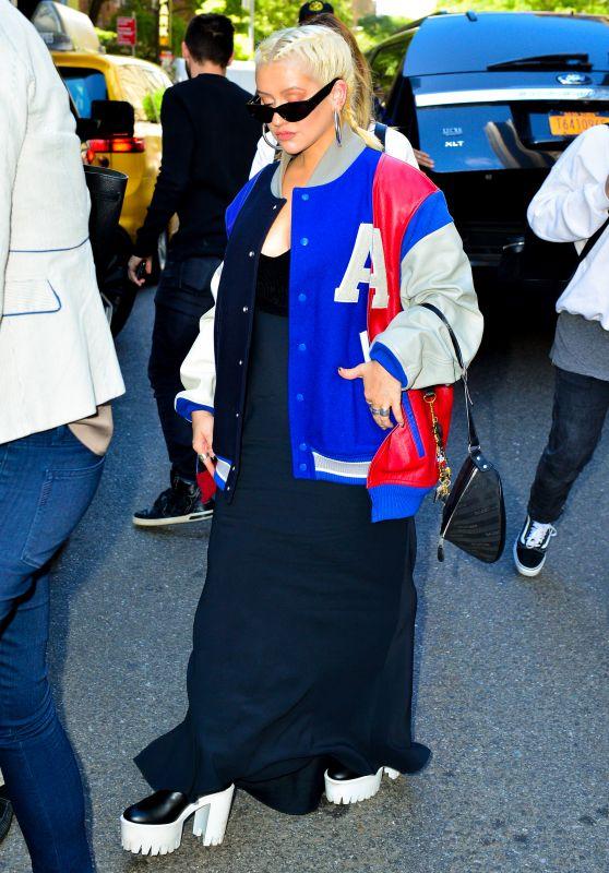 Christina Aguilera - Leaving Locanda Verde in Tribeca, NYC 06/16/2018