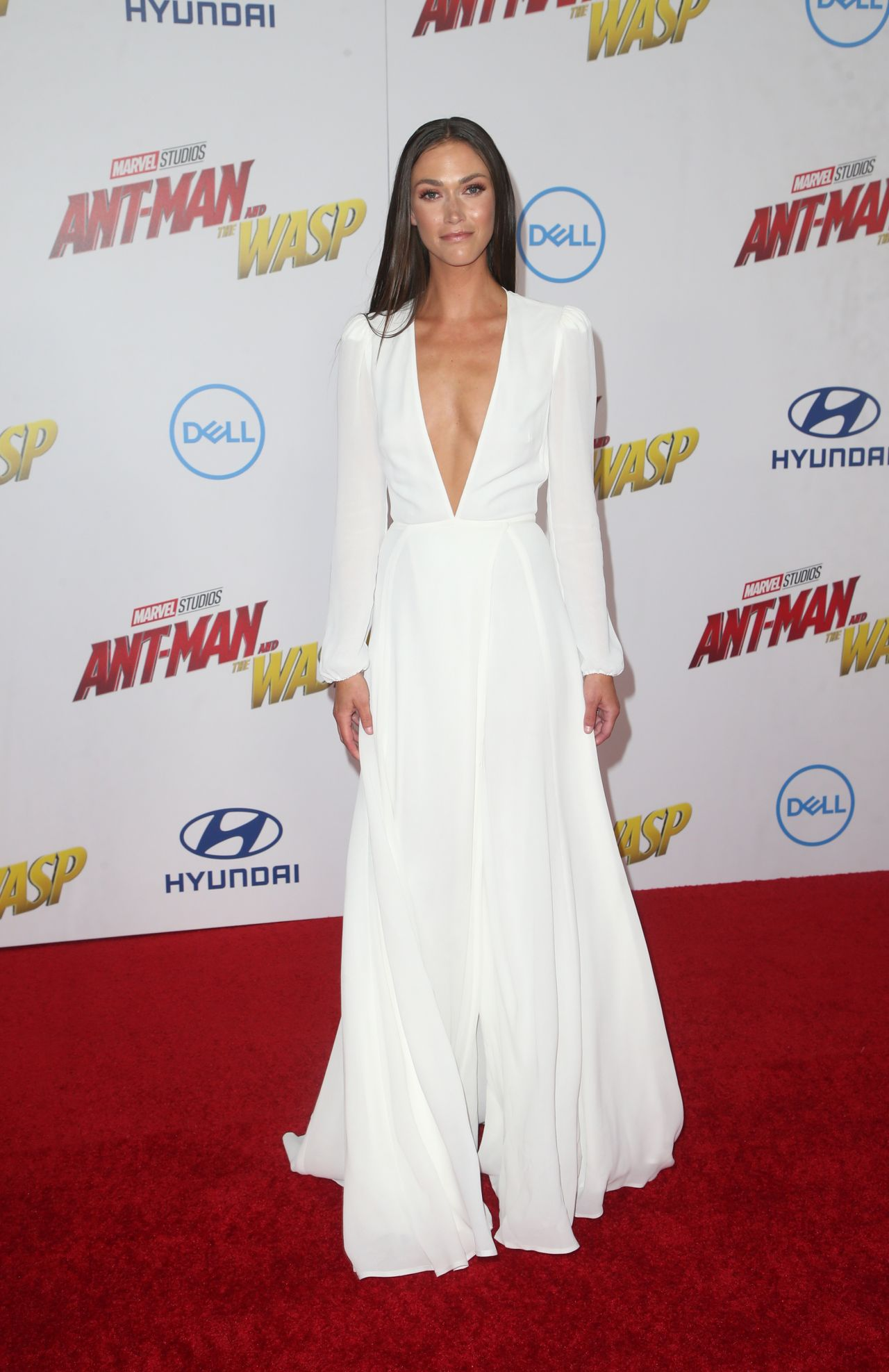 """fc877276496c2 Christina Makowsky – """"Ant-Man and the Wasp"""" Premiere in LA"""
