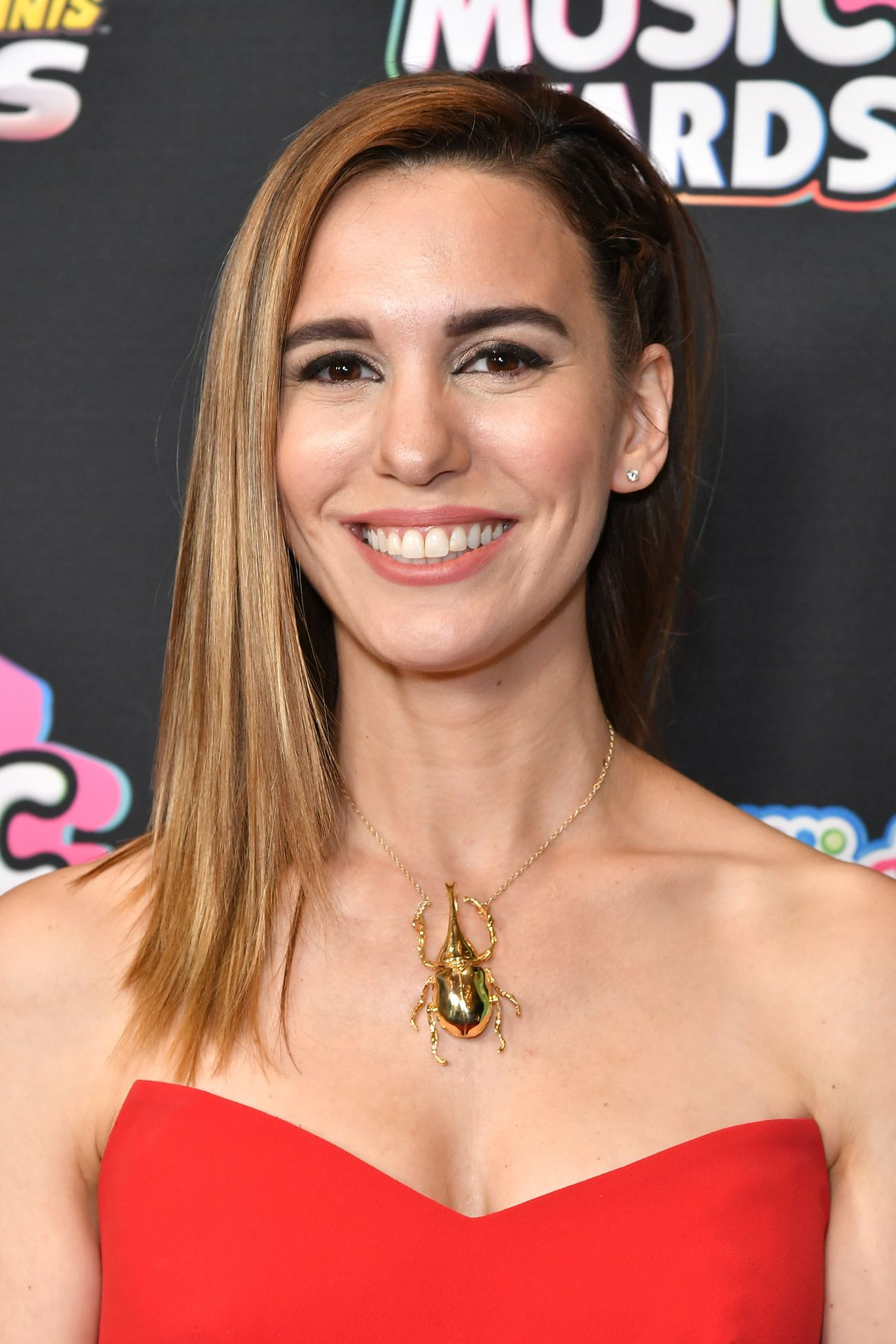 Discussion on this topic: Lisa Hogg, christy-carlson-romano/
